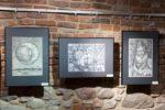 STUDIUM 80 - jubileuszowa wystawa absolwentów Państwowego Zawodowego Studium Konserwacji Dzieł Sztuki w Tarnowie (lata 1980-1982) - fragment wystawy