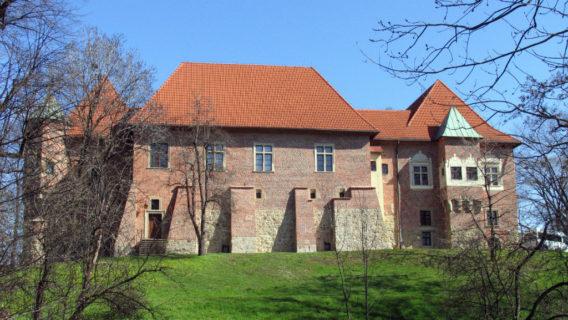 """""""Wiosenne spotkania przy kawie"""" w Muzeum Zamek w Dębnie"""