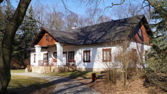 Muzeum Dwór wDołędze nieczynne 5 kwietnia