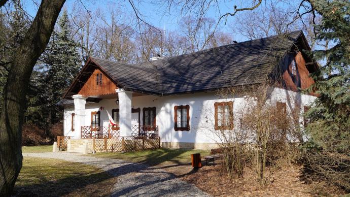 Muzeum Dwór w Dołędze nieczynne 5 kwietnia