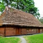 Muzeum Dwór wDołędze - otoczenie dworu